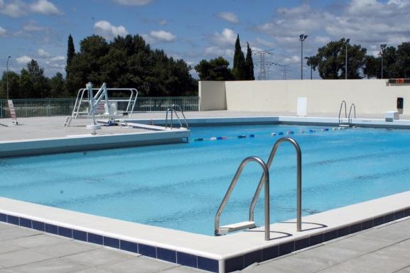 Journée piscine à Cavaillon image