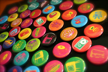 FABRICATION ET VENTE DE BADGES image